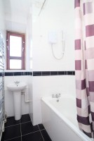 Photo Bathroom, Single room - LULWORTH in London