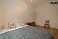 Photo 2, Single room - HARVIST in London