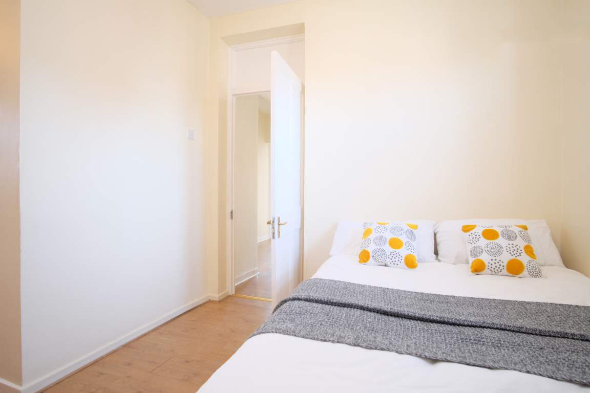 Photo 1, Single room - LULWORTH in London
