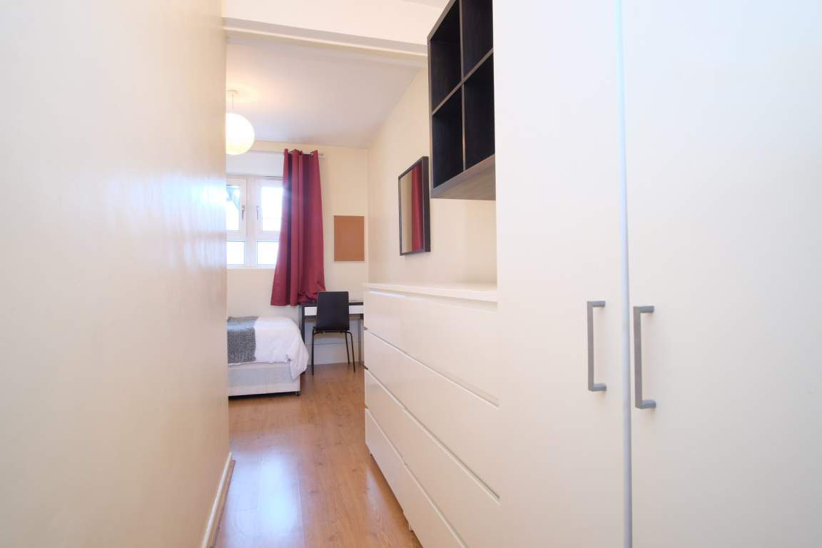 Photo 4, Single room - LULWORTH in London