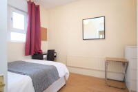 Photo 2, Single room - LULWORTH in London