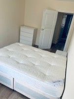 Photo 2, Single room - C Old Compton St in London
