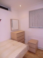 Photo 2, Single room - JOANNE in London