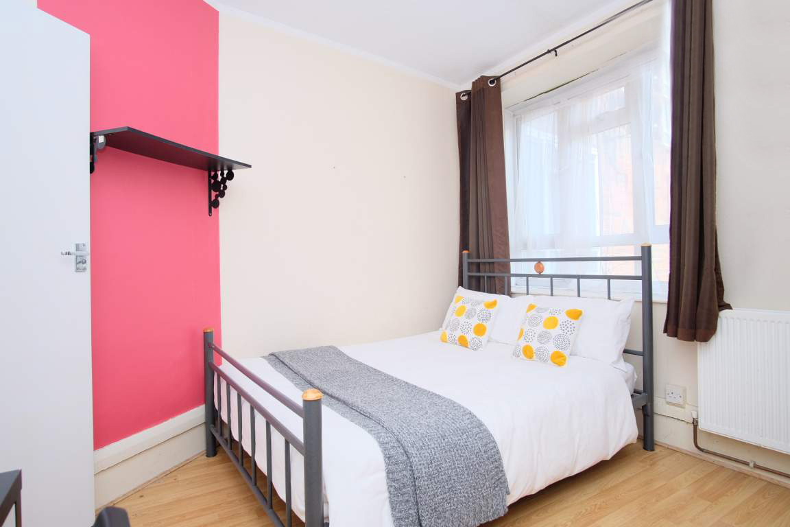Photo 1, Single room - TRIANGLE in London